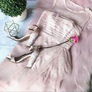 💕 CUTE 💕 White by Vera Wang Blush Dress Size 2